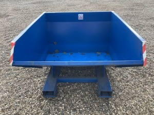 2020 CHERRY ALS 120 TIPPING SKIP SHOPSOILED MANUAL TIPPING SKIP, SMALL AMOUNT OF RUST. - (SERIAL NO XF0004885) (31175095)