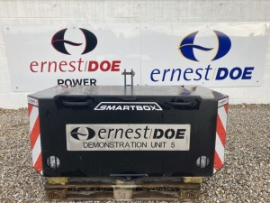 2018 CHERRY CBS SMALL SMARTBOX EX DEMONSTRATION C/W 800KG WEIGHT SOME STONE CHIPS, LIGHT SURFACE RUST - (SERIAL NO Q3695) (11163324)