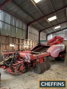 1999 Grimme GZDLS 2row trailed potato harvester with full width digging with half diablos, intake web, followed by web with cascade agitation multi-sep separation system. Unmanned with hydraulic wheel drive, rear low fill water kit, elevator web supplied