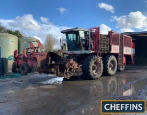 2004 AGRIFAC Big Six 6row SELF-PROPELLED SUGAR BEET HARVESTER Fitted with hydraulic row adjustment 45-50cm, hydraulic gate adjustment, auto-steer via leaf feeler sensor, lifting turbines and 4no. cleaning turbines, 24tonne tank capacity. Worked in 2020/21