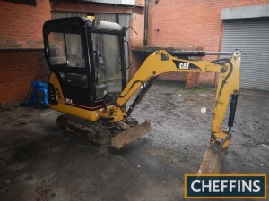 2005 CATERPILLAR 301.8 MINI DIGGER Serial No. 5DWD9523 Hours: 3,038