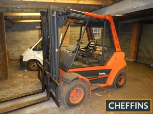 LANSING H80 9tonne diesel FIXED MAST FORKLIFT Fitted with pallet tines Serial No. 353GO4000480 Hours: 1,217