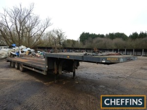 1987 Broshuis 3ASF-36 30ft tri-axle step frame low loader trailer Chassis No. 87350