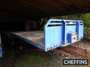 Crane Fruehauf tri-axle stepframe flat bed trailer with wooden body (blue) Serial No. YV160824
