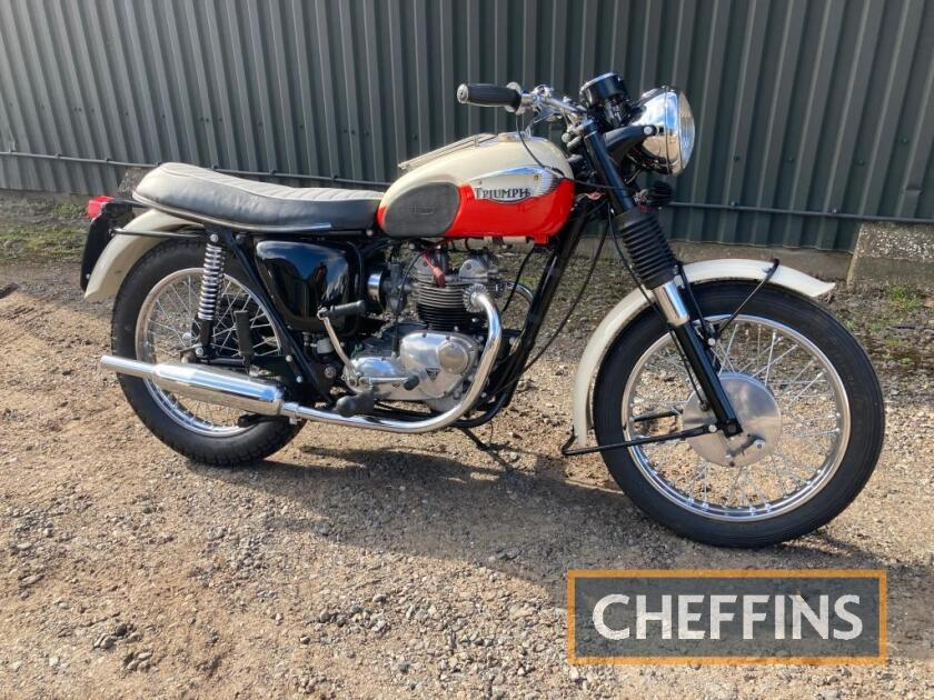 1967 500cc Triumph T90 Special MOTORCYCLE Reg. No. SMX 394F Frame No. H54955 Engine No. T90H51681 This very attractive Triumph special was a rescue mission and has been refurbished throughout. The engine has been uprated with a 500cc top end with all work