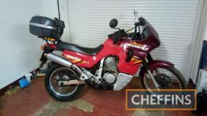 1996 583cc Honda Transalp MOTORCYCLE Reg. No. N714 FEX Frame No. JH2PD06A1TM001827 Engine No. PD06E2803144 A sought-after model that is increasingly difficult to find; the V-twin is stated to be in good condition and is fitted with an aftermarket Remus si