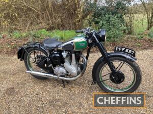 1947 349cc BSA B31 MOTORCYCLE Reg. No. PFF 697 Frame No. XB31 12566 Engine No. XB31 9673 A very pretty post-war example with rigid frame and telescopic forks and attractive chrome tank with lined out wheels. The BSA Owner's Club Dating Certificate shows t