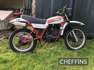 1981 246cc Yamaha DT250MX MOTORCYCLE Reg. No. VLO 991X Frame No. 1R7140364 Engine No. 8J4-020654Described as being in presentable condition but dry stored since 2015, the Yamaha is said to start easily and to run without any undue rattles but re-commissio