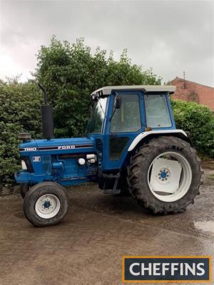 1992 FORD 7810 Series.III 6cylinder diesel TRACTOR Reg. No. K976 YWK Serial No. BC93846 This 2wd 7810 is stated to be in exceptional original condition with very good cab interior and little rust. A very genuine tractor showing 7,470 hours that has been s