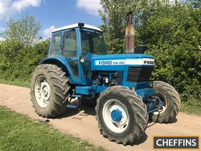 1982 FORD TW-20 6cylinder diesel 4wd TRACTOR Reg. No. GTL 778Y Serial No. 910576 HPI checks show an active registration number but no documentation is available
