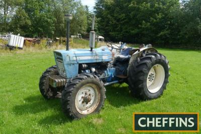 1976 COUNTY 4000-FOUR 4cylinder diesel TRACTOR Reg. No. OEF 177R Serial No. 27124 Fitted with rear linkage, drawbar and 4no. front slab weights on 16.9R30 rear and 11.2R24 front wheels and tyres. HPI checks show an active registration number but no V5 or