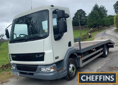 2003 DAF LF45 7.5t beavertail lorry Reg. No. CN53 EWA Chassis No. XLRAE45BFOL248780 This well presented lorry has a recorded 392,815km and is offered for sale with a fresh MOT. The 20ft beavertail is ready for work and has the bonus of being VAT free