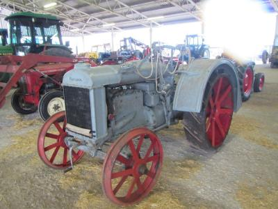 1926 FORDSON F 4cylinder petrol TRACTOR An uncommon rein drive tractor, stated to be in good condition