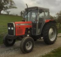 1995 MASSEY FERGUSON 390 diesel TRACTORReg. No. N388 KFEThis very original ex-farm example has received an engine rebuild and is fitted with Goodyear tyres