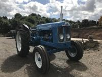 1964 FORDSON Super Major 4cylinder diesel TRACTOR The vendor reports that this nut and bolt restoration has used all genuine tinwork, has received a full engine and gearbox rebuild and finished in 2pak paint